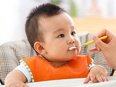 孩子后期是否成长很快主要依靠父母对早教知识的掌握